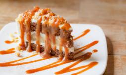 Banoffee pie with caramel sauce