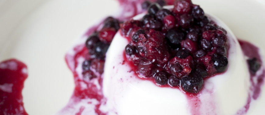 Mixed berries panacotta
