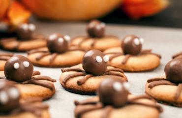 Receta postre fácil El Vesubio: Galletas de araña especial Halloween