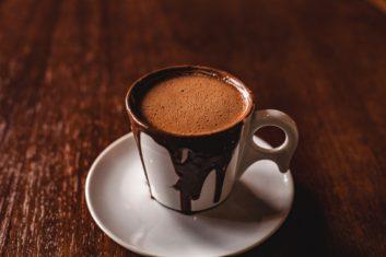 chocolate-caliente-sodas-el-vesubio