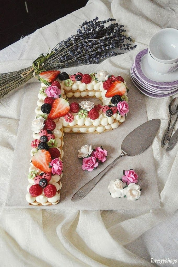 https://tuvesyyohago.blogspot.com/2018/03/tarta-de-galletas-y-crema-de-queso.html Vía: Pinterest