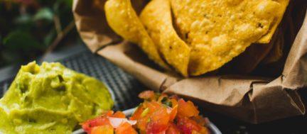 Receta El Vesubio: Nachos y guacamole casero