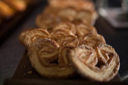 Receta El Vesubio: Palmeritas de hojaldre con chocolate