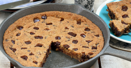 Receta El Vesubio: Cookie en sartén con chocolate
