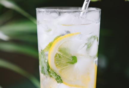 Cómo hacer limonada casera | Receta y beneficios