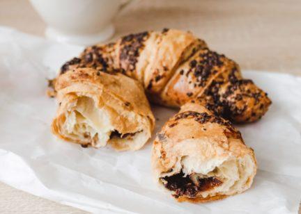 Receta El Vesubio: Croissants caseros rellenos de chocolate